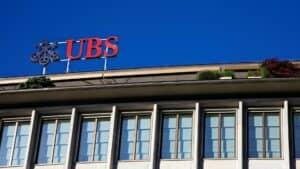 UBS Erfahrungsbericht, Titelbild